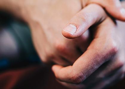 Contacto - Tacto - Psicoterapia con los cinco sentidos